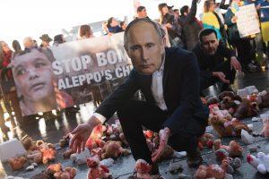 ES nelinkusi grasinti Rusijai sankcijomis dėl Sirijos
