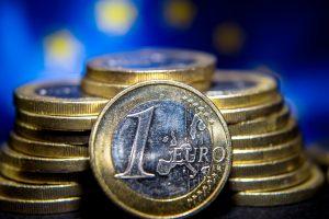 Eurui sukanka 15 metų (pagrindiniai faktai)