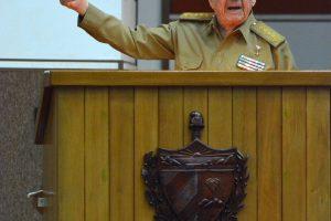 """R. Castro įspėjo apie """"žingsnį atgal"""" JAV ir Kubos santykiuose"""
