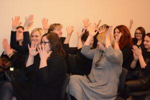Pirmąkart atestuoti gestų kalbos vertėjai