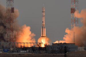 Rusijos kosmoso pramonei koją kiša brokas