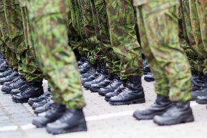 Ar Jehovos liudytojai gali būti atleisti nuo karinės tarnybos?