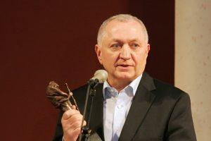 """Vilniaus teatrui """"Lėlė"""" toliau vadovaus J. Marcinkevičius"""