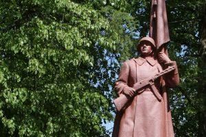 Galvosūkis Šiauliams – ką daryti su sovietų karių kapais