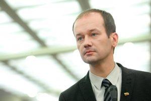 R. Žilinskas skundžiasi: pragyvenimui man lieka 300 eurų