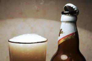 Kaune plėšikas grasindamas peiliu pagrobė krepšį su alumi