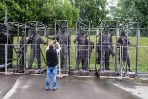 Š. Birutis: Žaliojo tilto skulptūros gali būti panaudotos propagandai