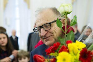 Valstybinės pensijos – muzikologui A. J. Ambrazui ir grafikei J. G. Žilytei