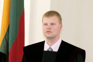 Prokurorai nori pareikšti įtarimus Kauno teisėjui