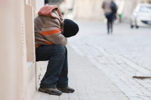 Alkoholizmo ir savižudybių prevencijai – 1,3 mln. eurų