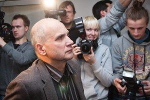 Teismas: G. Vainausko ir A. Zabulio byla prokuratūrai grąžinta pagrįstai