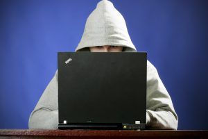 Šiemet gauta daugiau pranešimų apie žalingą turinį internete