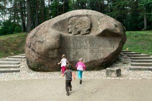 Iš kur kilęs Puntuko akmens pavadinimas?