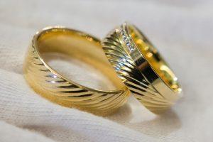 Kas Kaune sumainys aukso žiedus? (jaunavedžių sąrašas)