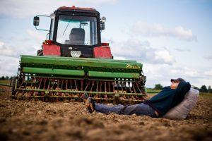 Ekonomistas: dėl lengvatų galime sulaukti žemdirbių pasipriešinimo, gal net fizinio