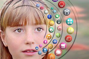 Kuo paauglius traukia virtualus pasaulis?
