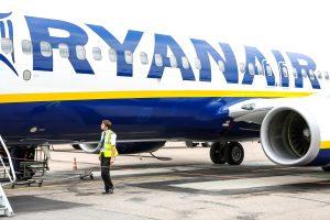 """Dėl streiko """"Ryanair"""" atšaukia tris skrydžius iš Lietuvos"""
