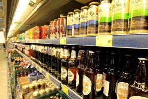 Premjeras: padidinti alkoholio akcizai pasiteisino