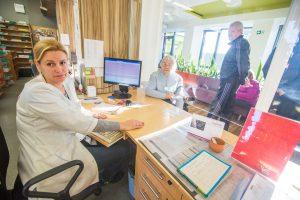 Pavojaus varpai: Kauno poliklinikose vis labiau trūksta medikų