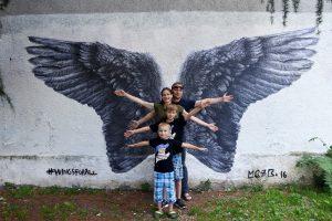 Su vaikais – į karų sukrėstas šalis