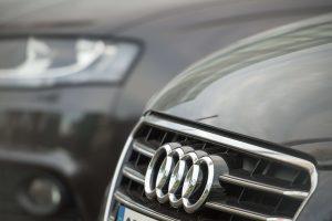 """Šalčininkuose supleškėjo pasieniečio """"Audi"""""""
