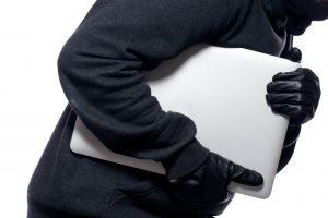 Iš parduotuvės Kėdainiuose pavogta technikos už 11 tūkst. eurų