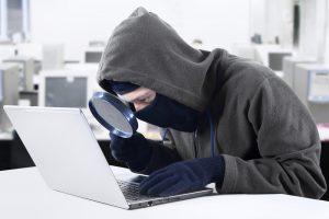 Kibernetiniai nusikaltėliai atakuoja aktyviau