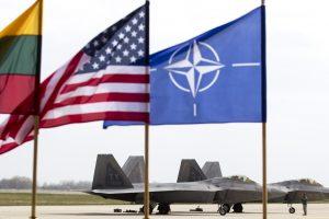 """Lietuva – tarp septynių """"dviejų procentų klubo"""" NATO šalių"""