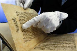 Lvovo meno galerijoje pasigesta 95 senovinių knygų