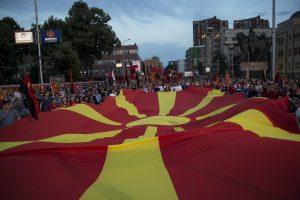 Makedonija pasiruošusi išspręsti ginčą su Graikija?