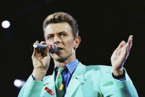 Britų muzikos legenda prieš mirtį sužinojo tapsiantis seneliu