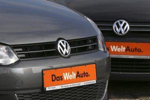 Automobilių pardavimai Europoje šiemet padidėjo dešimtadaliu
