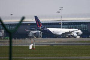 Briuselio oro uostas nuo sekmadienio iš dalies atnaujins skrydžius