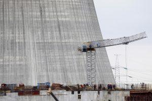 Minskas sako nusiteikęs bendradarbiauti su ES dėl Astravo elektrinės