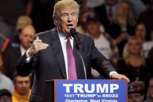 Nuomonė: tikėjimas D. Trumpo sąmokslo teorijomis atbaidys jo rinkėjus nuo politikos