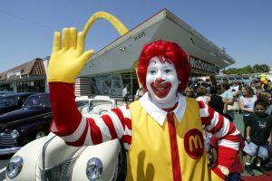 """Malaizijoje prie žmonių išnaudojimo prisidėjo ir """"Samsung"""" bei """"McDonald`s"""""""