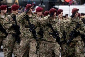 Latvija ir JAV pasirašė sutartį dėl amerikiečių karių statuso