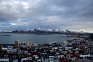 Islandijoje darbdaviai turės mokėti vienodą atlygį vyrams ir moterims