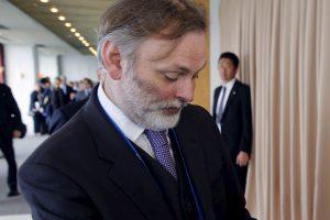 Britanija ambasadoriumi Briuselyje skirs karjeros diplomatą T. Barrow