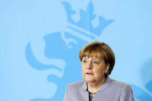 """A. Merkel ragina laikytis vieningo požiūrio į """"Brexit"""""""