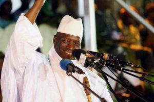 Gambijos prezidentas pareiškė pasitrauksiąs iš pareigų