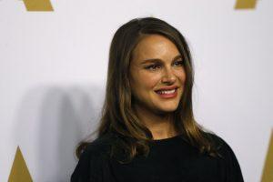 Aktorė N. Portman pagimdė mergaitę