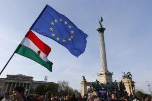 ES ėmėsi teisinių priemonių prieš Vengriją