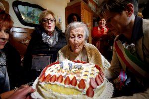 Italijoje mirė seniausias pasaulio žmogus
