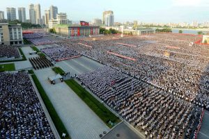 ES papildė sankcijų Šiaurės Korėjai sąrašą
