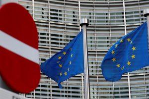Europos Sąjungos vizas siūloma išduoti paprasčiau, bet brangiau