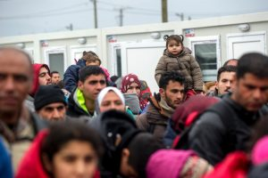 Latvijoje tebegyvena tik penki iš visų perkeltų pabėgėlių