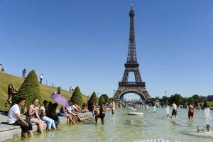 Eifelio bokštą planuojama perdažyti