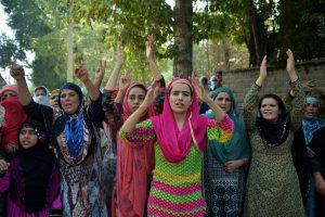 Indijos ministrei – pašaipos dėl pareiškimų apie moterų hormonų protrūkius