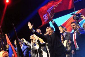 Bosnijos serbai balsavo už abejotinos nacionalinės šventės išsaugojimą
